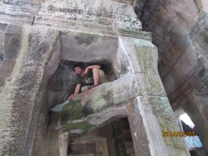 Ok...I do feel bad about this. I'm not sure what made me climb up this centuries-old temple....Sorry, History.